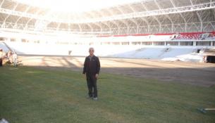 Malatya Arena Stadı'nın Çimleri Serilmeye Başlandı