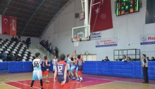 Okullararası Basketbol Gençler Müsabakaları Başladı