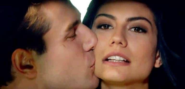 Furkan Palalı ve Demet Özdemir aşk yaşıyor