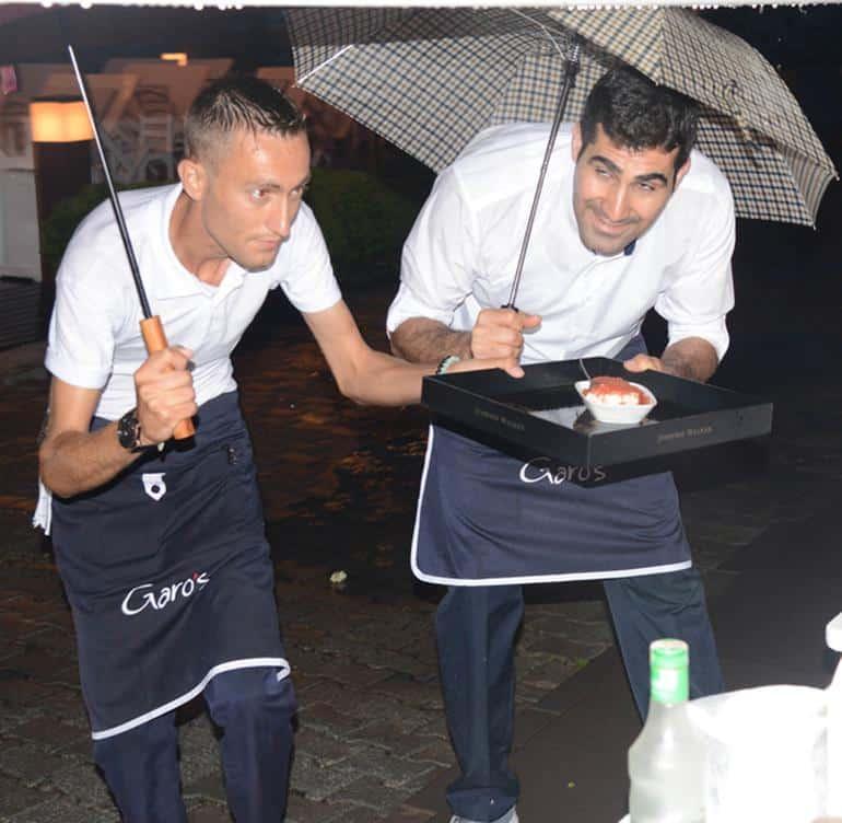 Şemsiyeli servis